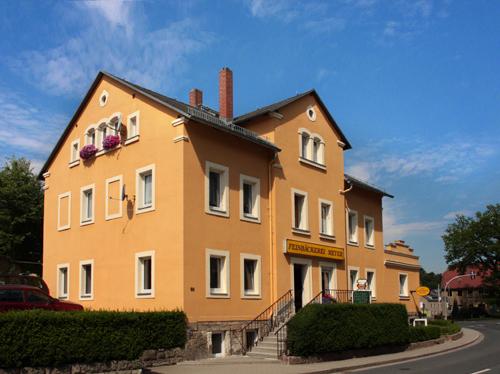 Ansicht des Hauses, in dem sich die Feinbäckerei Meyer befindet.